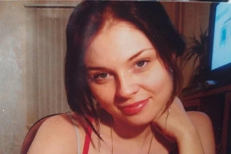 Молодая цветущая женщина - такой Ирина Пекарская осталась только на старых фото. Фото из семейного архива