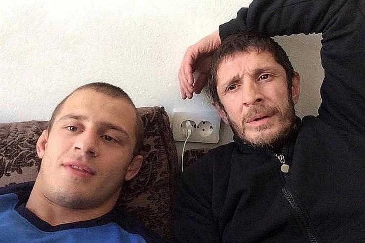 Чемпион мира по MMA Магомед Юнусилау с отцом