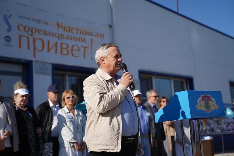 Участников соревнований приветствовал главный инженер СВГК Александр Семенов.