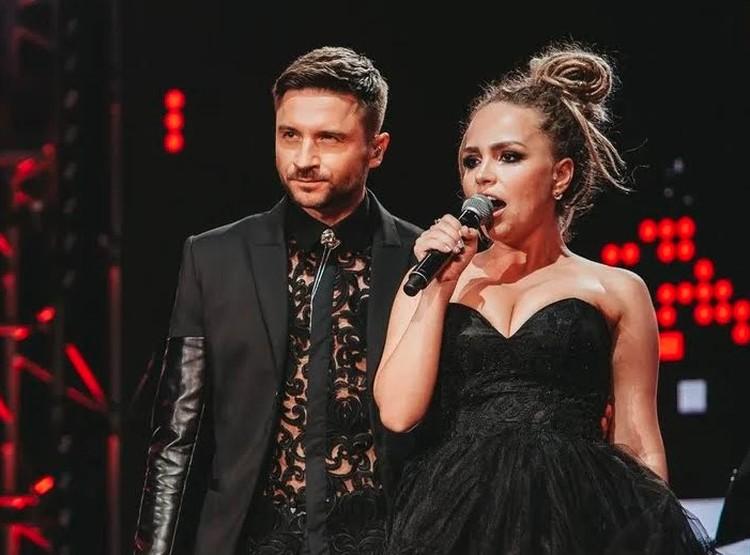 Сергей Лазарев выступил с участницей фестиваля «Таврида — Арт» Настей Пашиновой.