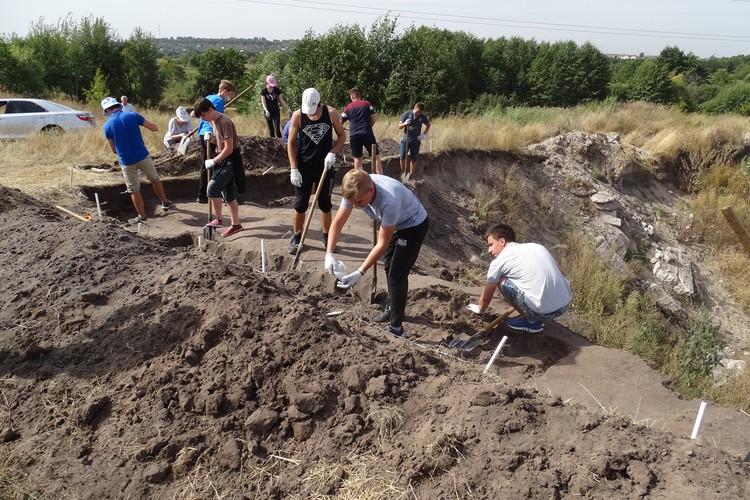 """""""Поселение Сселки-11"""": археологические раскопки под Липецком"""