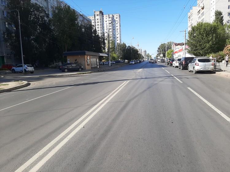 Улицу Симонова отремонтировали в мае.