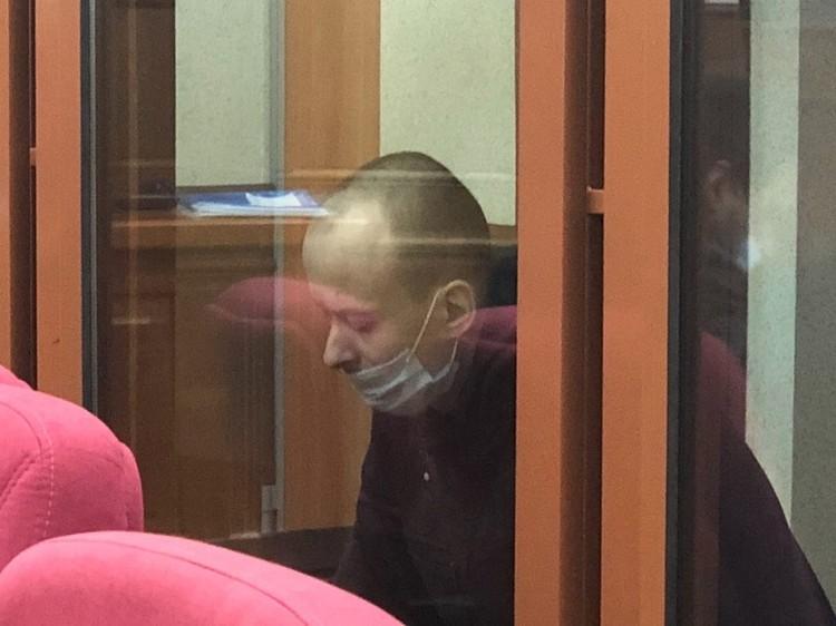 Александров отказался отвечать на вопросы участников процесса