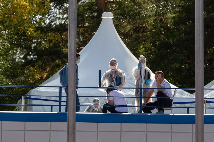 На арене работали врачи и сотрудники Роспотребнадзора.