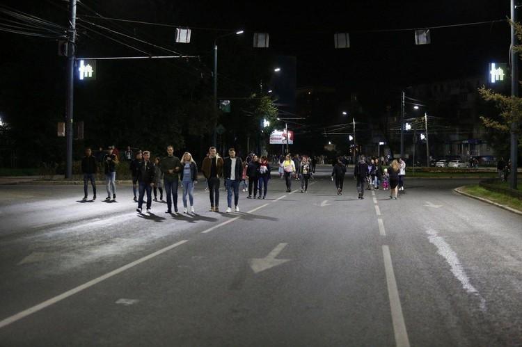 Выглядит как несанкционированный митинг, но в автозак никого не посадили