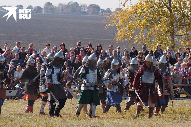 Историческая реконструкция на Куликовом поле в Тульской области