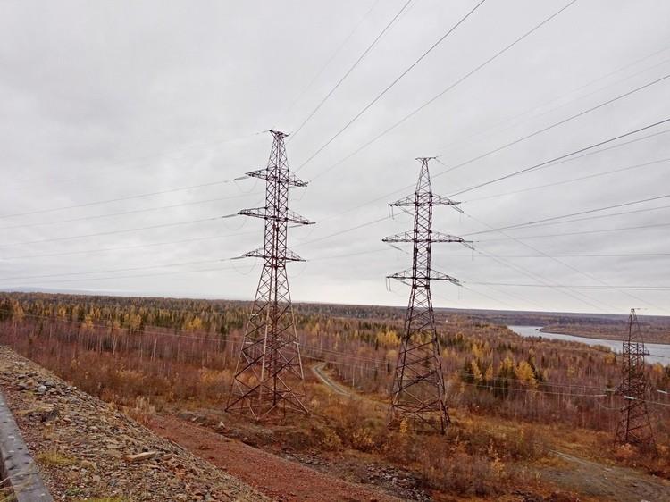 Отсюда электроэнергия уходит в Норильск и Игарку
