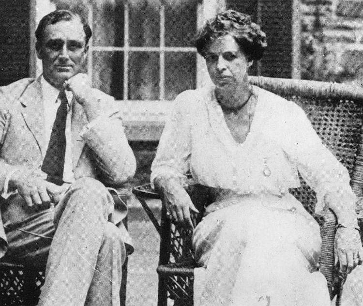 Элеонора Рузвельт c мужем Франклином, 1920 г.