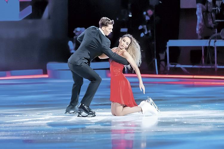 Фигуриста Дмитрия Соловьева манера катания Ольги сначала ужасала, а теперь он впечатлен ее прогрессом. Да, падает, но элегантно!