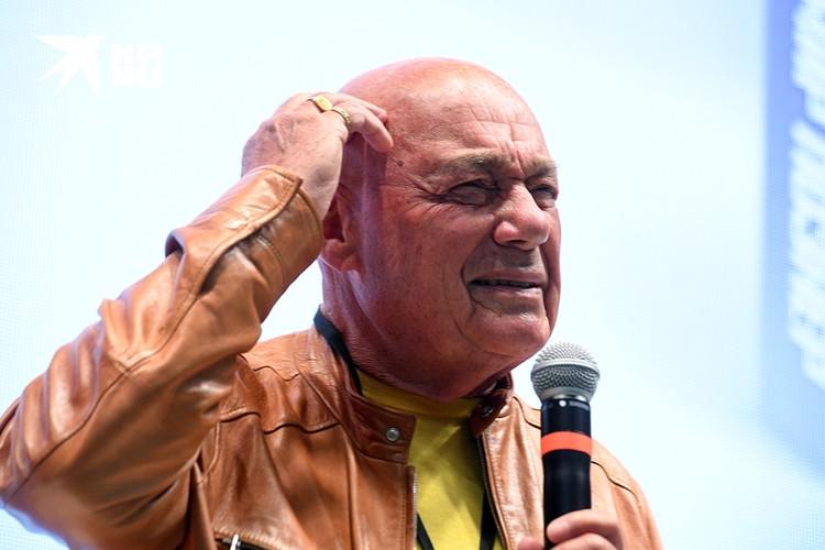 Телеведущий-вольтерьянец В. В. Познер призвал бороться за соблюдение не только дисциплины мысли, но и дисциплины в широком смысле