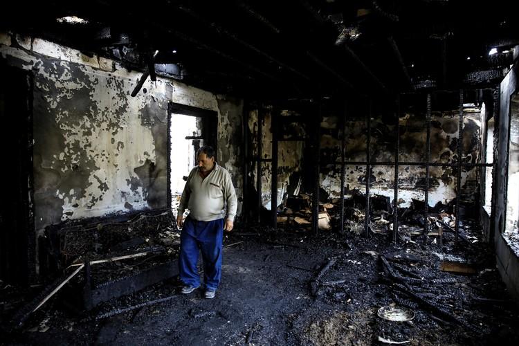 Разрушены дома мирных жителей.