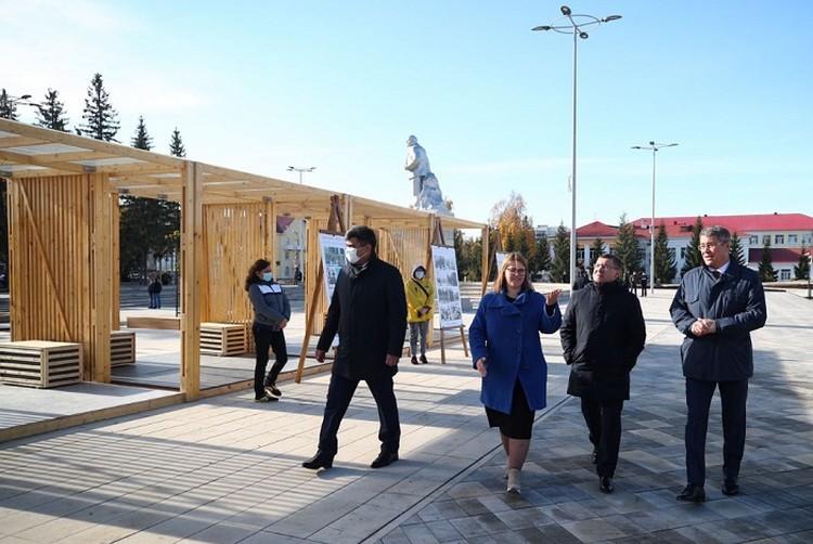 На торжественное событие в город приехал глава Минстроя Владимир Якушев. Фото: minstroyrf.gov.ru