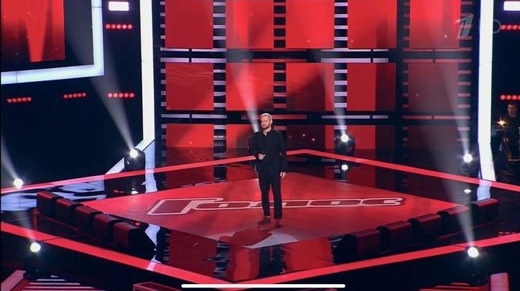 К Александру повернулись Валерий Сюткин и Полина Гагарина. Фото: elovskih.ru в Instagram