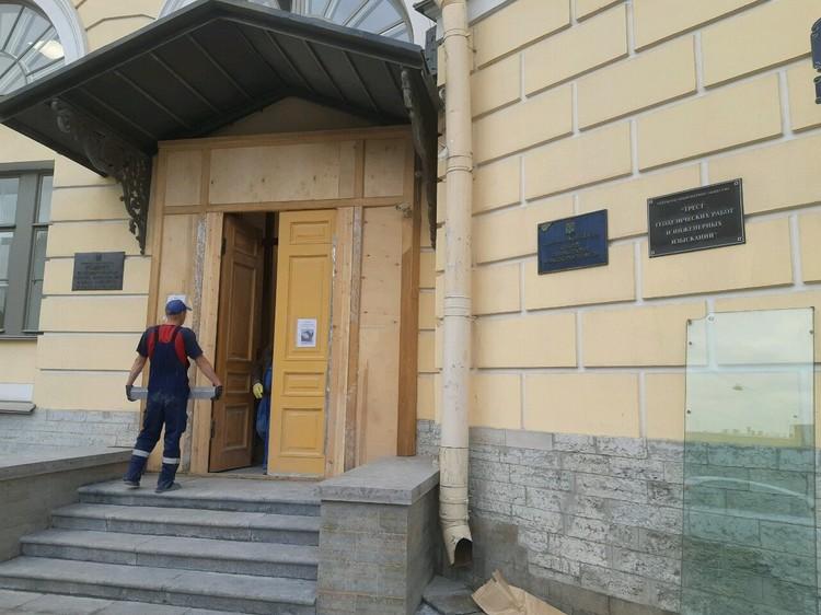 Российские СМИ уже немало писали об очередном скандале вокруг деятельности петербургского Комитета по охране памятников (КГИОП).