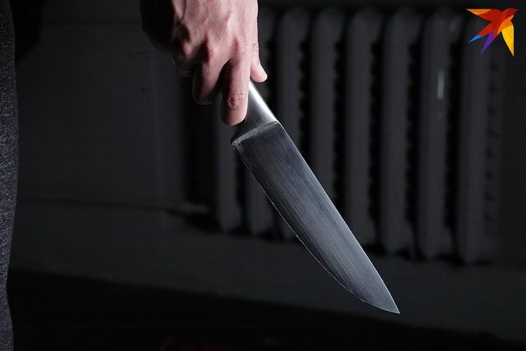 Ножом девочка ранила двух своих одноклассниц. Фото носит иллюстративный характер.