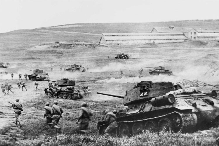 В битве участвовало 2 миллиона человек, 6 тысяч танков, 4 тысячи самолетов