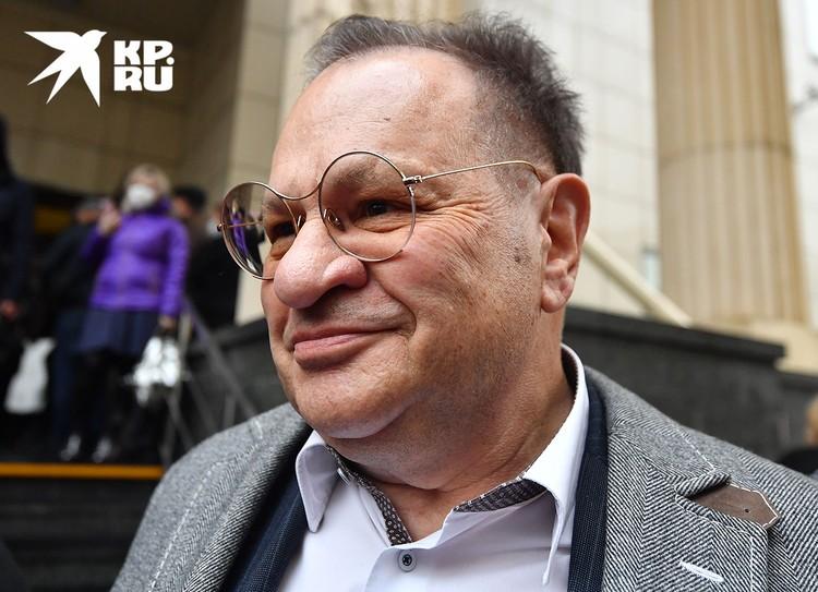 Адвокат Петр Хархорин.