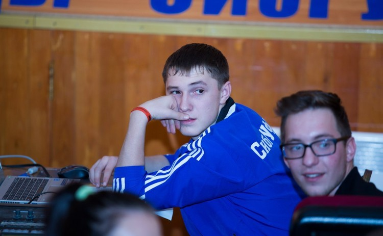 Молодой человек учился в СибГУФК, но внезапно решил забрать оттуда документы.
