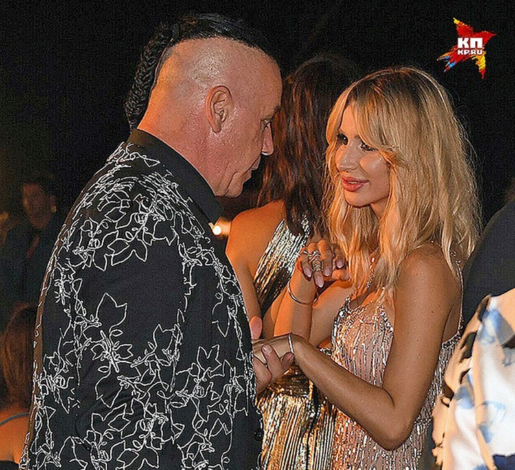 "Вокалист группы ""Rammstein"" Тилль Линдеманн и Светлана Лобода на вечеринке фестиваля ""Жара"", июль 2017 года."