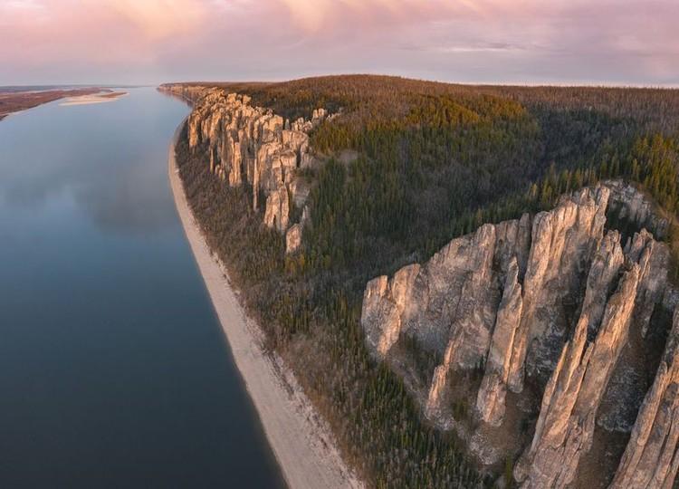 Национальный парк «Ленские столбы». Октябрь 2020. Фото: Максим Рязанцев