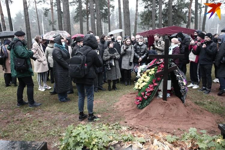 Бядулю перезахоронили на Восточном кладбище