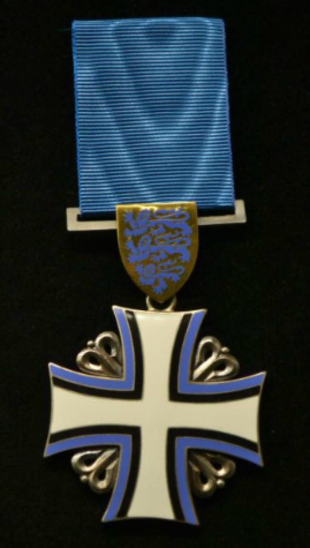 Орден Креста Земли Марии I степени.