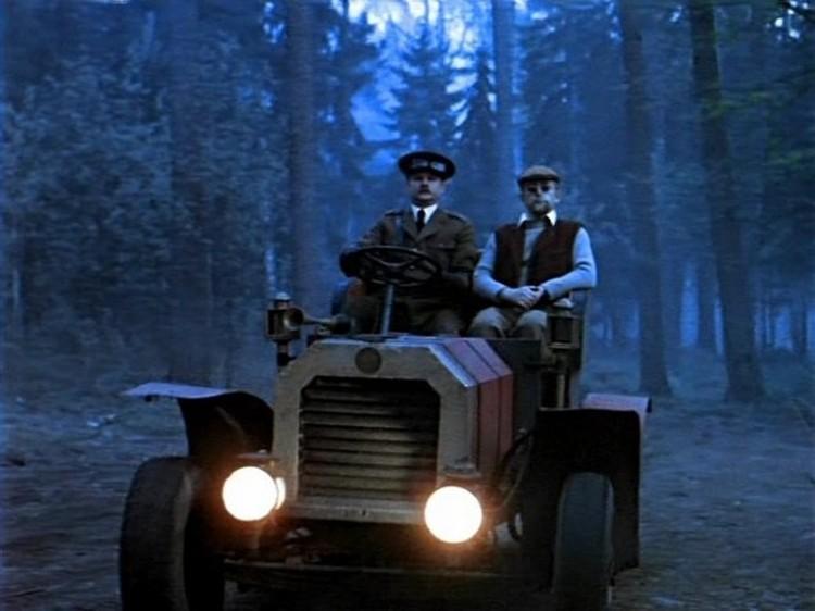 Автомобиль доктора Ватсона на самом деле не имеет аналогов в мировой истории. Это - полностью вымышленная модель. Фото: кадр из фильма