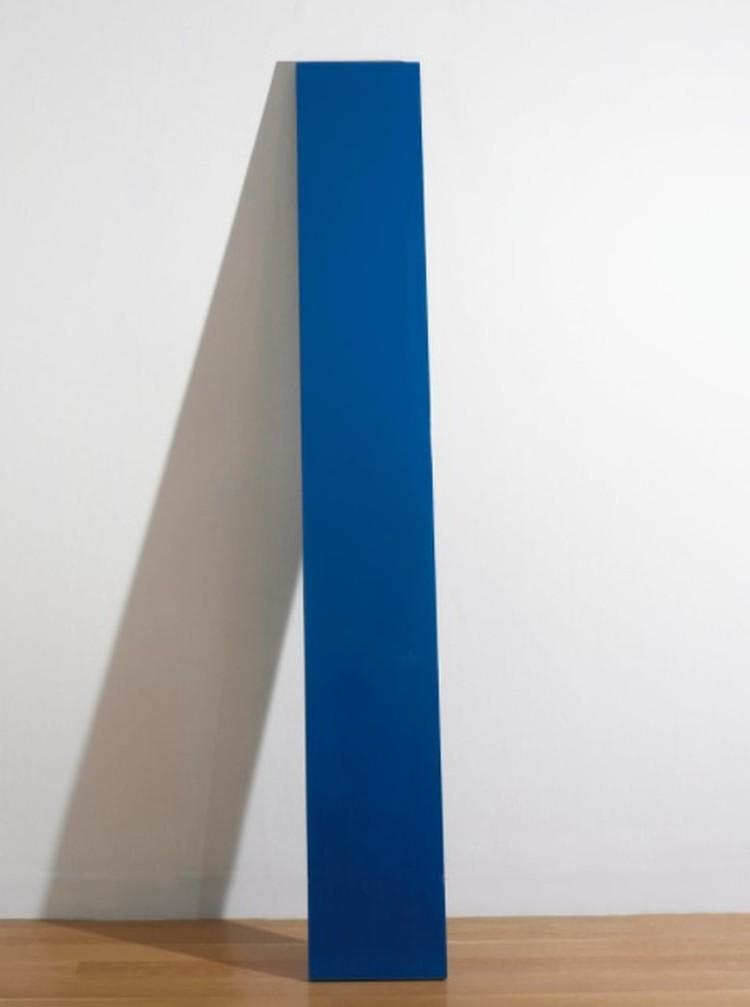 Работа без названия 1976 года. Цветная полиэфирная смола и стекловолокно на фанере. Цена - 276 тысяч $. Фото: аукцион Sotheby's