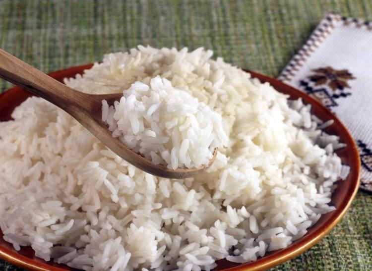 Рис - универсальный питательный продукт, который неприхотлив в хранении.