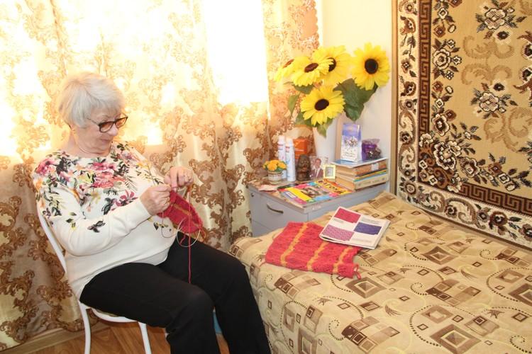 Пожилым людям крайне важно чувствовать свою нужность и значимость, делать что-то полезное для других. Фото министерства труда и социальной защиты области