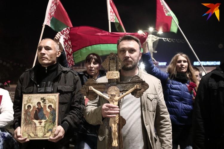 Шествие по проспекту Независимости. Минск, 7 октября 2020 года.