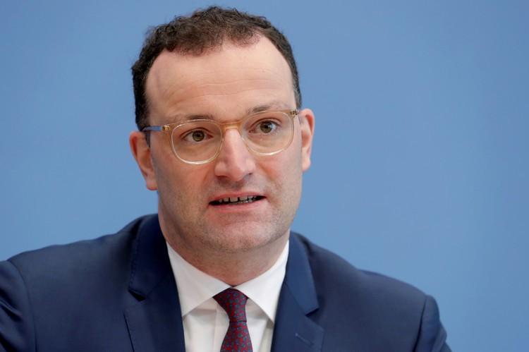 Глава министерства здравоохранения Германии, член Христианско-демократического союза Йенс Шпан