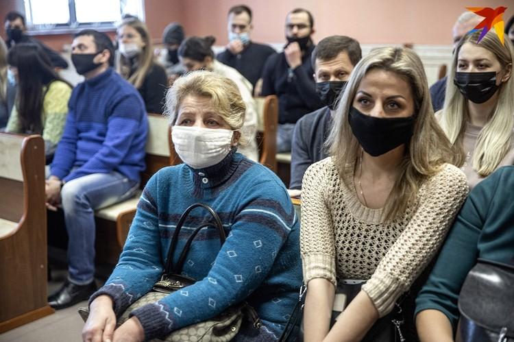 На первое заседание в суд пришли больше 20 человек