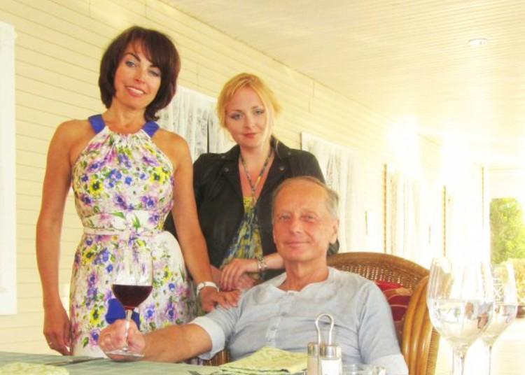 Елена Бомбина прожила с писателем 33 года и родила ему дочь Лену. Фото: Личный архив