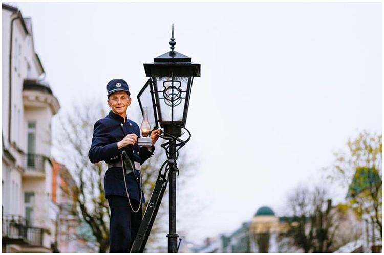 Известный фонарщик будет одним из представителей Бреста. Фото: brestcity.com