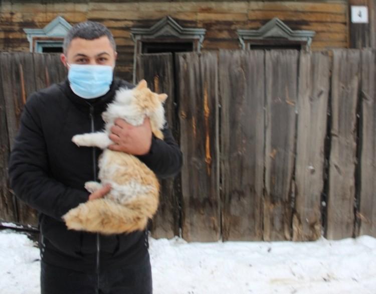 Кошку тоже удалось спасти