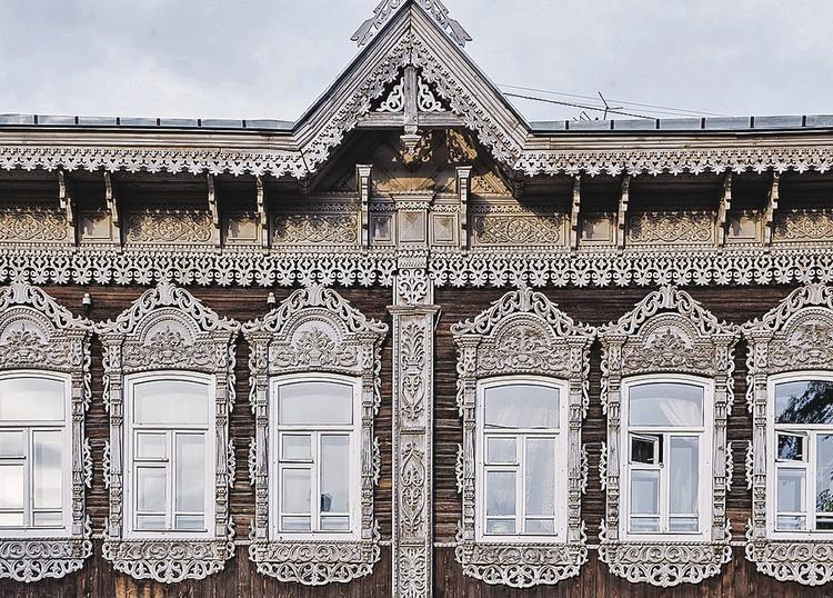 Так в старину новые русские купцы хвалились своей зажиточностью. Фото: Иван ХАФИЗОВ