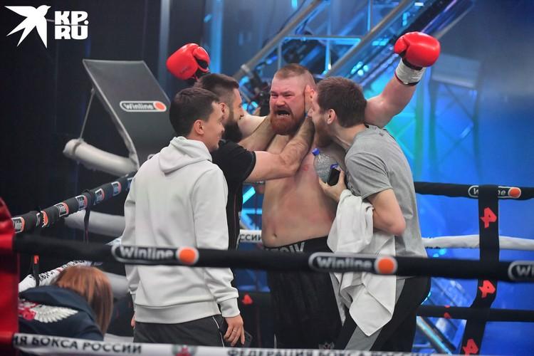 Чемпион мира по панкратиону Вячеслав Дацик широкую известность получил благодаря своим выходкам, которые нередко оказывались за рамками закона.