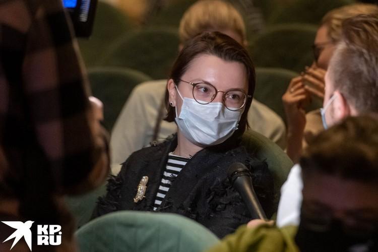 Лолита Милявская дебютировала в спектакле «Женитьба» Юрия Грымова