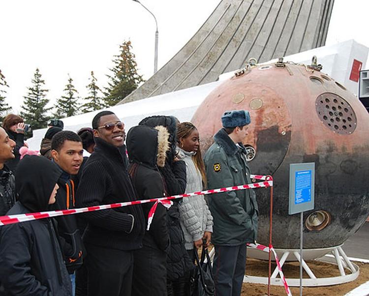День Космонавтики - по-настоящему международный праздник.