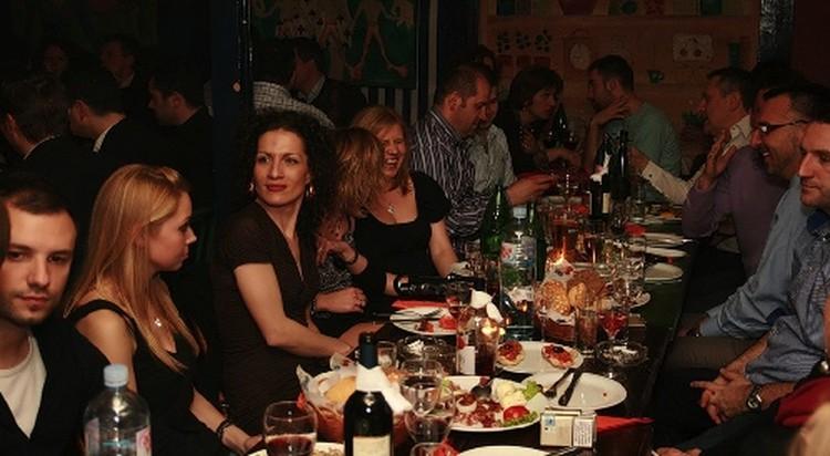 В Белграде живут не очень богатые люди, зато как они умеют веселиться!...