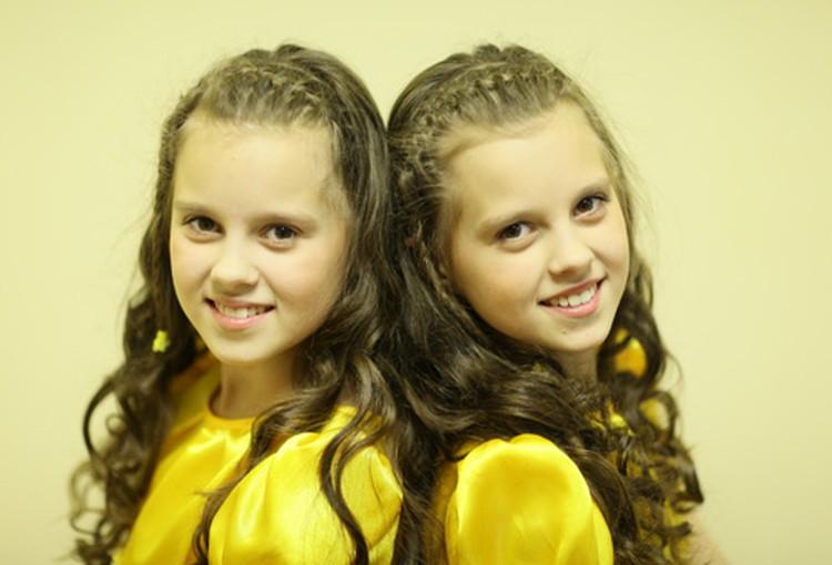В новом сезоне среди участников будут и девочки-близняшки - Алина и Полина Грудько из Фаниполя.