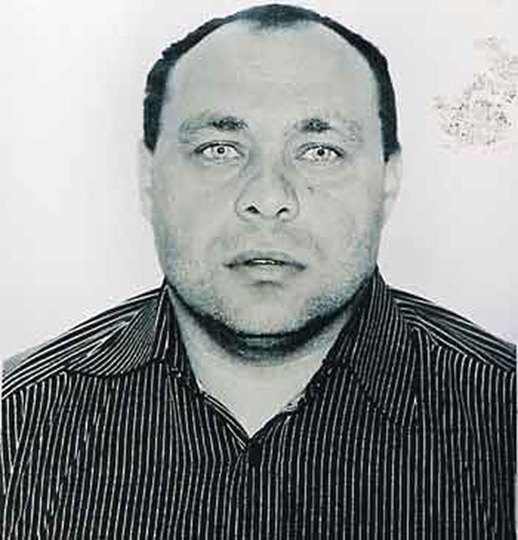 Вступивший в конфликт с жителями деревни цыган Вячеслав Лебедев попал под влияние криминального брата.
