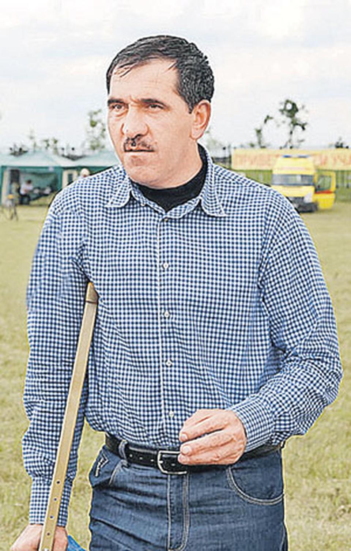 Перелом ноги десантник Евкуров воспринял как обычный «рабочий момент».