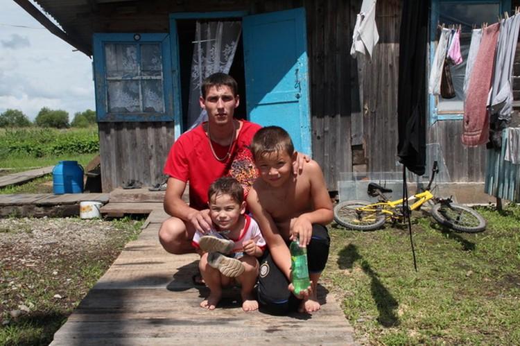Старший и младший сын Сергея и его внук были непосредственными участниками событий