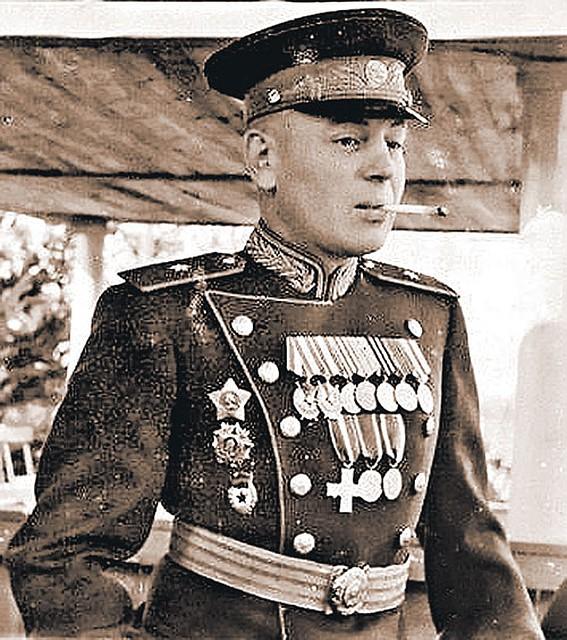 Девушки В Сауне – Мой Лучший Друг, Генерал Василий, Сын Иосифа (1991)