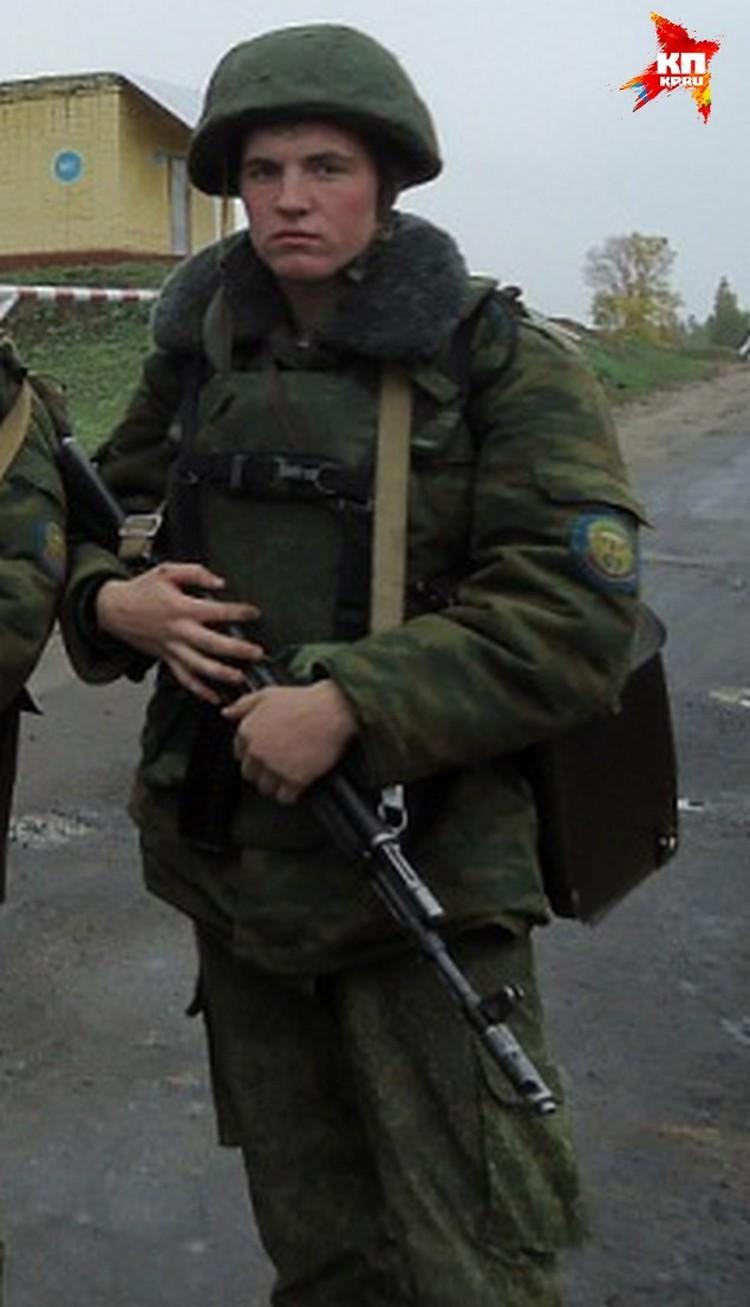 Фотографий Михаила Пасканного осталось немного. Друзья говорят, что парень не любил показуху.