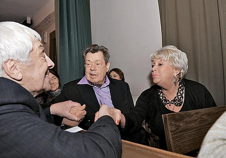 Николай Караченцов с женой Людмилой Поргиной стараются не пропускать ни одного важного театрального события Москвы.