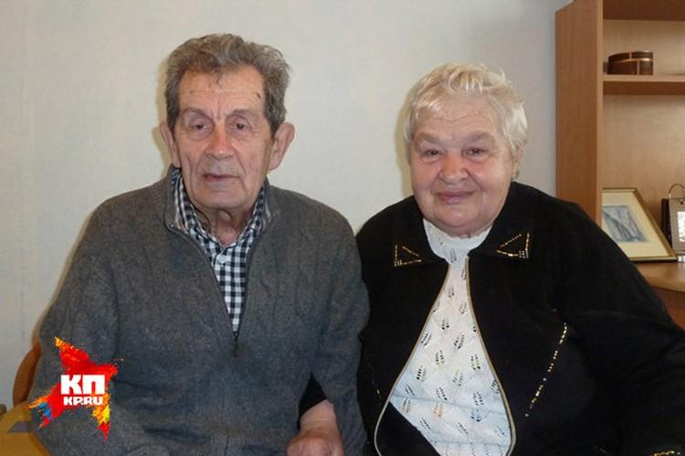 Константин Кривонищенко с женой Ниной Пантелеевной.