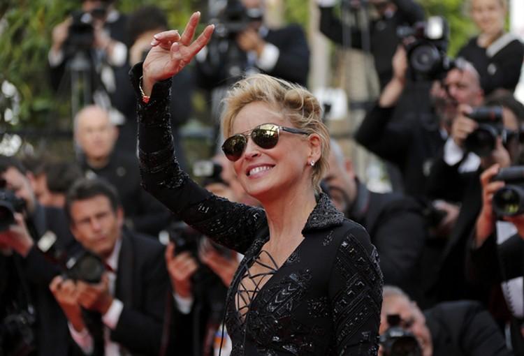 Шэрон стала гостьей премьеры фильма Мишеля Хазанавичуса «Поиск».